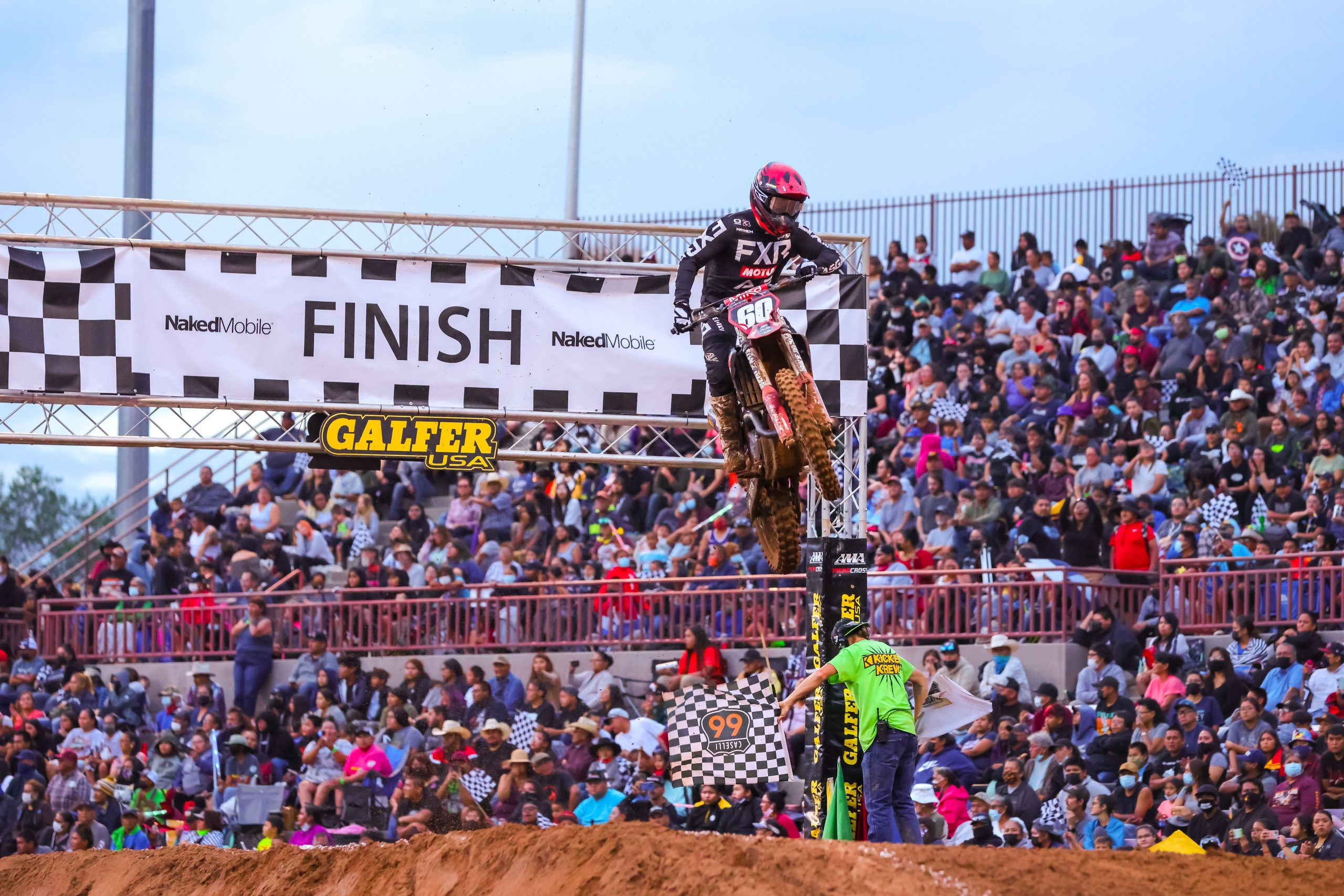 25th Anniversary Race Celebrated in front of Sold Out Crowds in Gallup